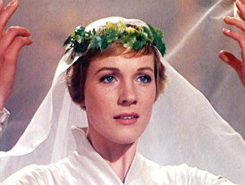 maria wedding dress sound of music